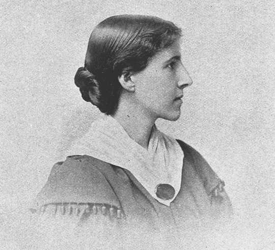 feminist perspective on charlotte perkins gilmans the Written from a feminist perspective, often focusing on the inferior status accorded to women by society, the tales include turned, an ironic story charlotte perkins gilman / western the crux is an important early feminist work that brings to the fore complicated issues of gender, citizenship.